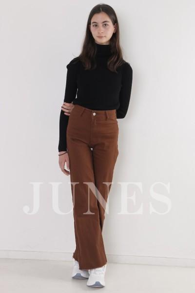 ピラル チャルディーニ(Pilar Cialdini)のサムネイル写真