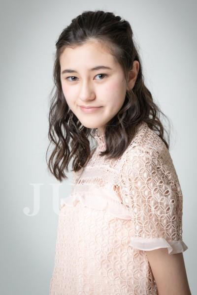 サラ ヴィー(Sarah V)のサムネイル写真