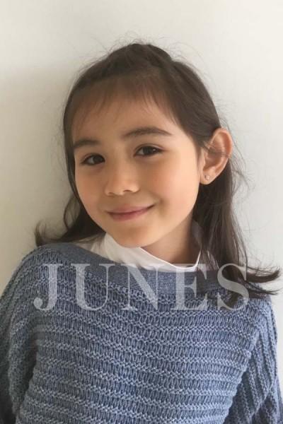 マリア カザマ(Maria Kazama)の写真