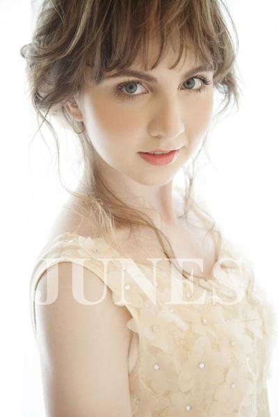 エレナ アイ(Elena I)の写真