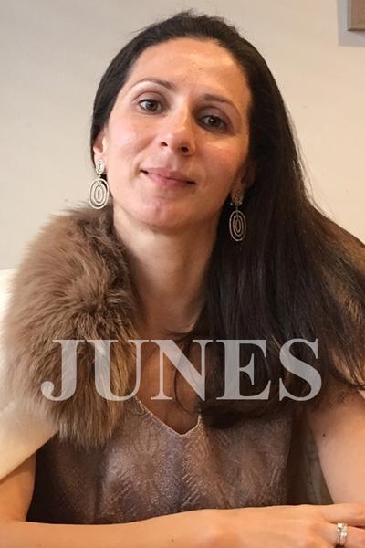 ラリーサ タカシナ