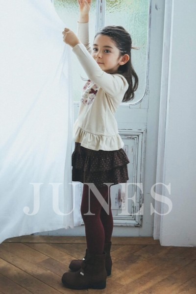エイミ サンドラ(Eimi Sandra)のサムネイル写真